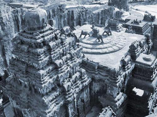 kailasa temple01 01 small