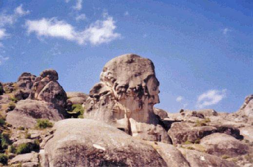 L'enigma di Marcahuasi, il luogo delle sculture di pietra di 85 secoli fa