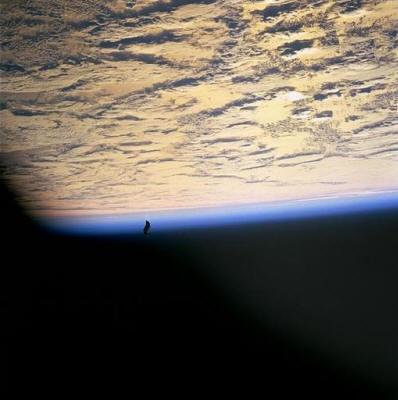 http://www.bibliotecapleyades.net/imagenes_ciencia/flyingobjects140_21_small.jpg