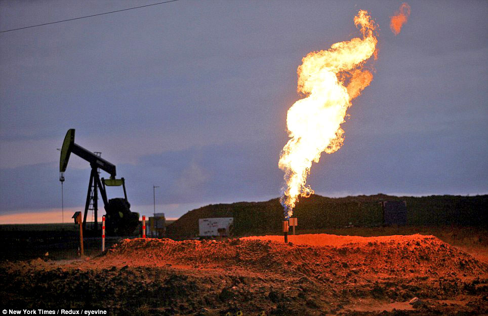 New U S Oil Field Burning Off Enough Gas To Power Chicago
