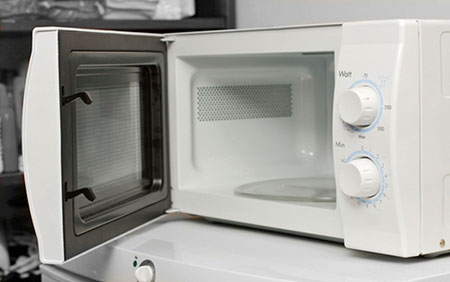 What Kitchen Appliance Would Reheat Foods Without Using A Microwave