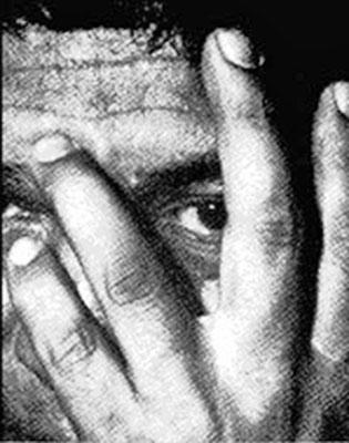 Resultado de imagen para CARLOS CASTANEDA, UNA DE LAS FIGURAS MÁS ENIGMÁTICAS DEL SIGLO XX, ES CUESTIONADO SOBRE SU TRABAJO COMO ESCRITOR Y COMO APRENDIZ DE BRUJO, EN UNA RARA ENTREVISTA DE 1997